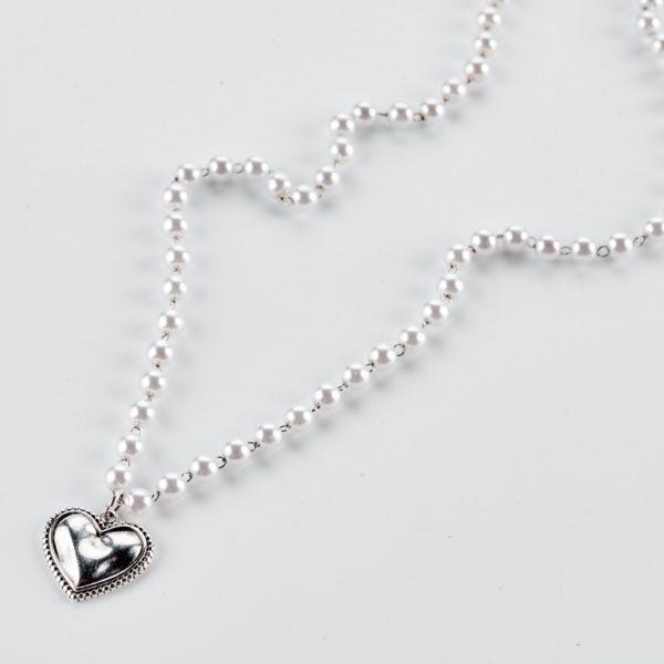 Μενταγιόν καρδιά σε αλυσίδα πέρλες